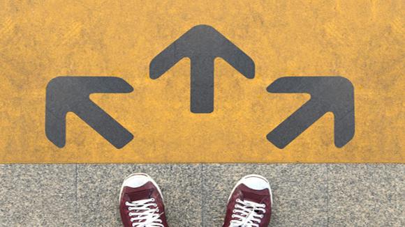 Bạn chọn lối rẽ nào vào đời?