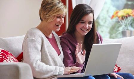 Làm thế nào để giữ cho con bạn an toàn khi trực tuyến?